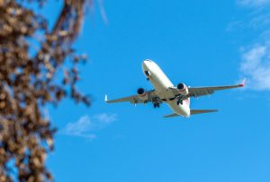 Überführung eines Verstorbenen im Flugzeug
