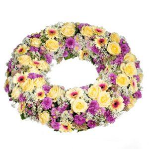 Farbenfroher Blütenkranz