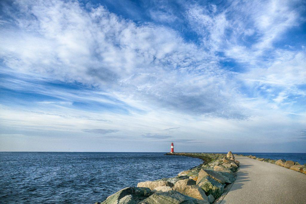 Seebestattung vor Warnemünde: Blick auf die Mecklenburger Bucht