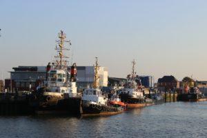 Seebestattung vor Cuxhaven, Hafenansicht