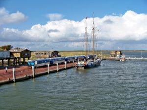 Seebestattung vor Wangerooge: Hafen
