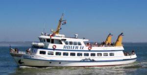 """Seebestattung vor Sylt: MS """"Adler IV"""""""
