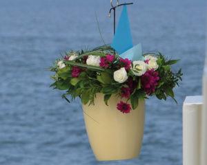 Seebestattung vor Neuharlingersiel: Abschiedszeremonie