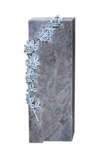 Grabgestaltung: Grabstein mit Rosen-Ornament