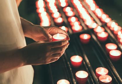 Trauerritual: Gedenken zum Totensonntag