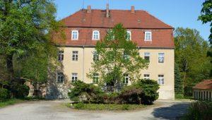 FriedWald Markersdorf, Schloss Deutsch-Paulsdorf