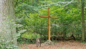 FriedWald Lauterbach, Kreuz auf dem Andachtsplatz