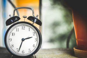 Leichenstarre (Rigor mortis) klingt nach 24 bis 48 Stunden wieder ab.